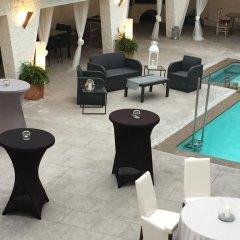 Hotel Salomé бассейн