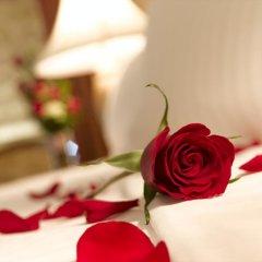 Landmark Summit Hotel 4* Улучшенный номер с различными типами кроватей фото 6