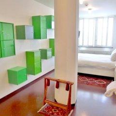 Lloyd Hotel 3* Номер категории Эконом фото 3