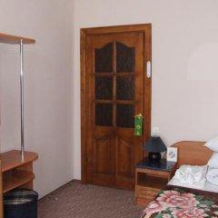 Гостиница Санаторий Алмаз Украина, Трускавец - отзывы, цены и фото номеров - забронировать гостиницу Санаторий Алмаз онлайн комната для гостей фото 4