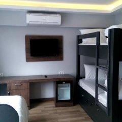 Отель Cheers Lighthouse 3* Кровать в общем номере с двухъярусной кроватью фото 11