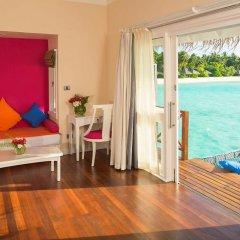 Отель Sun Aqua Vilu Reef 5* Вилла с различными типами кроватей фото 5