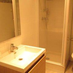 Hotel La Perle Montparnasse ванная