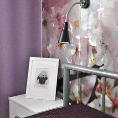 Мини-Отель Три Зайца Стандартный номер с двуспальной кроватью (общая ванная комната) фото 16