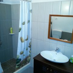 Отель Guesthouse Kris Берат ванная