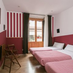Отель Hostal La Casa de La Plaza Стандартный номер с различными типами кроватей фото 7