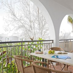Отель Apartamentos Cala d'Or Playa Апартаменты с различными типами кроватей