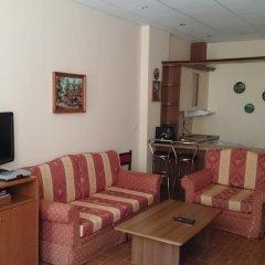 Отель TES Flora Apartments Болгария, Боровец - отзывы, цены и фото номеров - забронировать отель TES Flora Apartments онлайн комната для гостей фото 5