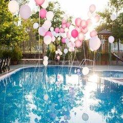 Отель Kristal Болгария, Ардино - отзывы, цены и фото номеров - забронировать отель Kristal онлайн бассейн фото 3