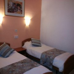 Отель Sunstone Boutique Guest House 3* Стандартный номер с 2 отдельными кроватями фото 7