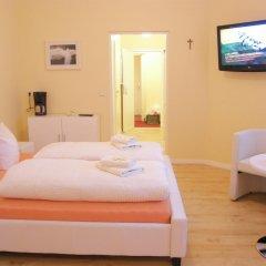 Отель City Guesthouse Pension Berlin 3* Стандартный номер с двуспальной кроватью фото 6