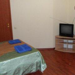 Hotel on Gorkogo Бердянск комната для гостей