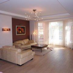 Отель Home on Promenades Street Латвия, Юрмала - отзывы, цены и фото номеров - забронировать отель Home on Promenades Street онлайн интерьер отеля