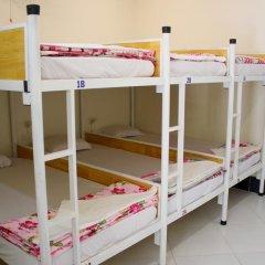 Отель Hoang Nga Guest House 2* Кровать в общем номере с двухъярусной кроватью фото 4