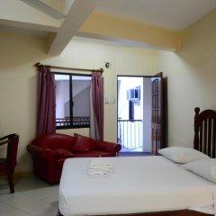 Kiwi Hotel 3* Улучшенный номер с различными типами кроватей фото 4
