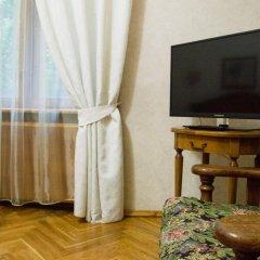 Мини-отель Версаль на Кутузовском Стандартный номер с двуспальной кроватью (общая ванная комната)