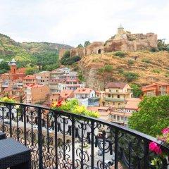 Отель Tiflis Palace балкон