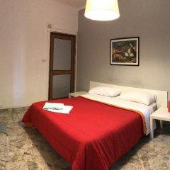 Отель B&B Cavour 124 Номер с общей ванной комнатой фото 7