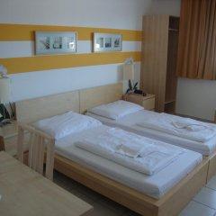 Отель Lenas Donau 3* Стандартный номер с различными типами кроватей фото 3