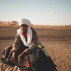 Отель Merzouga Desert Camp Марокко, Мерзуга - отзывы, цены и фото номеров - забронировать отель Merzouga Desert Camp онлайн фитнесс-зал фото 2