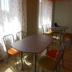 Хостел SunShine Кровать в женском общем номере с двухъярусной кроватью фото 3