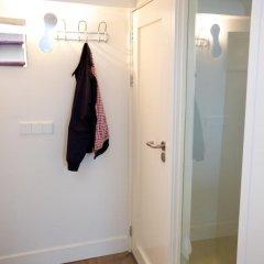 Отель Sweet Life Centre Area Apartment Нидерланды, Амстердам - отзывы, цены и фото номеров - забронировать отель Sweet Life Centre Area Apartment онлайн ванная