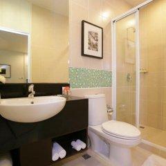 Отель Legacy Express Sukhumvit by Compass Hospitality 3* Улучшенный номер с различными типами кроватей фото 5