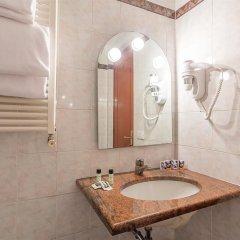 Отель Luce 4* Номер категории Эконом с различными типами кроватей фото 4