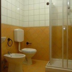 Отель Agriturismo Casale Il Gallo Bianco Озимо ванная фото 2