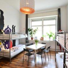 Kiez Hostel Berlin Кровать в женском общем номере с двухъярусной кроватью фото 3