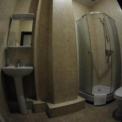 Гостиница Фандорин в Белгороде 14 отзывов об отеле, цены и фото номеров - забронировать гостиницу Фандорин онлайн Белгород ванная фото 2