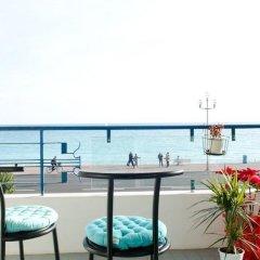 Апартаменты Cariatides Studio Promenade Holiday балкон