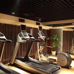 Отель Crowne Plaza Chongqing Riverside фитнесс-зал фото 2