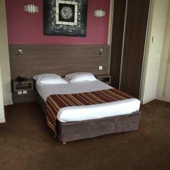 Отель Orion Paris Haussman сейф в номере