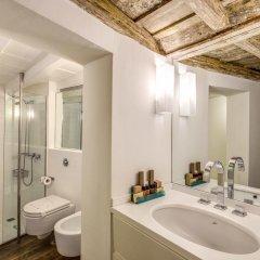 Отель Sole al Pantheon Penthouse Италия, Рим - отзывы, цены и фото номеров - забронировать отель Sole al Pantheon Penthouse онлайн ванная фото 2