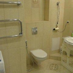 Гостиница Lux apartament UFA в Уфе отзывы, цены и фото номеров - забронировать гостиницу Lux apartament UFA онлайн Уфа ванная