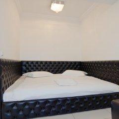 Гостиница Partner Guest House Khreschatyk 3* Апартаменты с различными типами кроватей