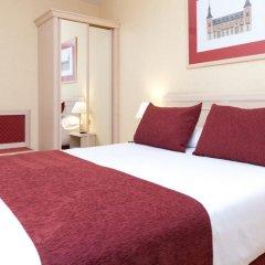 Отель Senator Castellana (I) 3* Стандартный номер с двуспальной кроватью фото 13