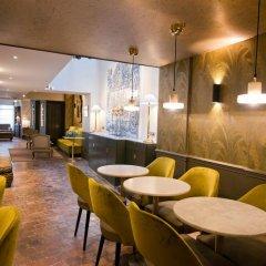 Отель Hôtel Henri 4 Франция, Париж - отзывы, цены и фото номеров - забронировать отель Hôtel Henri 4 онлайн гостиничный бар