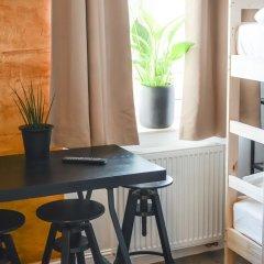Elewator Gdansk Hostel Кровать в общем номере с двухъярусной кроватью фото 4