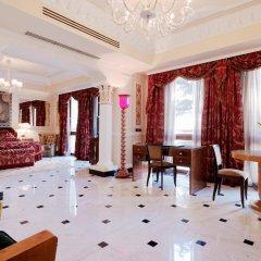 Baglioni Hotel Carlton 5* Номер Делюкс с двуспальной кроватью фото 3