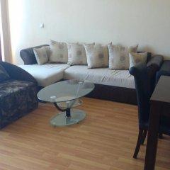 Апартаменты Millenium Facility Apartment - Different Locations in Golden Sands Золотые пески комната для гостей фото 3