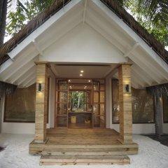 Отель Kudafushi Resort and Spa вид на фасад фото 3