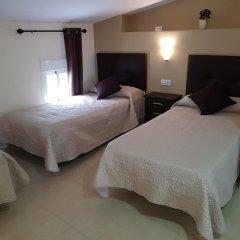Отель Hostal Málaga Стандартный номер с различными типами кроватей фото 3