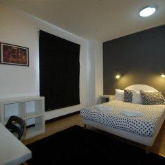 HI - Parque das Nacoes Youth Hostel комната для гостей