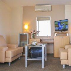 Гостиница Dnipropetrovsk комната для гостей фото 17
