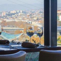 Отель Цитадель Нарикала гостиничный бар
