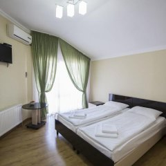 Гостевой Дом Лазурный Стандартный номер с двуспальной кроватью фото 4