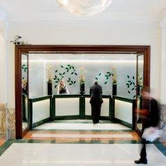Отель Crowne Plaza Brussels - Le Palace интерьер отеля