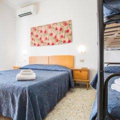 Hotel Nizza 2* Номер с общей ванной комнатой с различными типами кроватей (общая ванная комната) фото 6